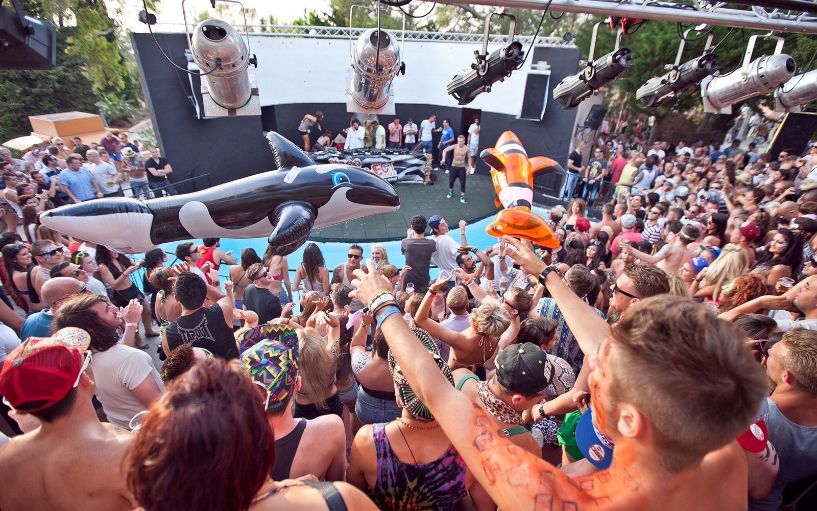 Fiestas en Ibiza.